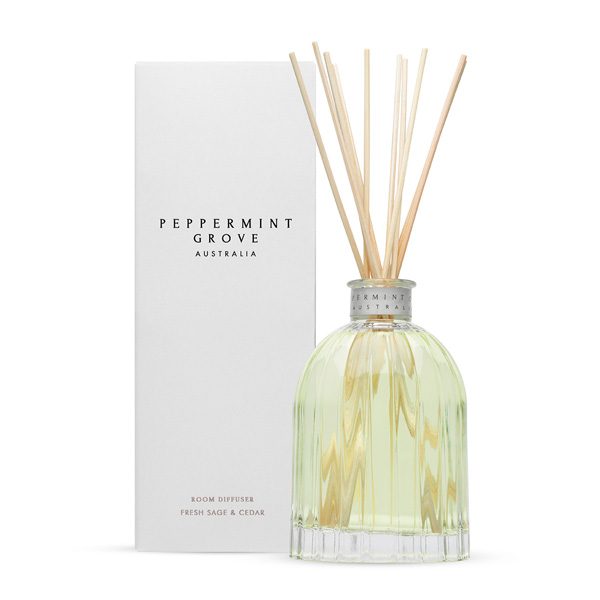 Fresh Sage & Cedar - Medium Reed Diffuser